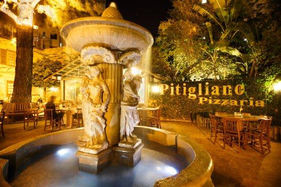 Excelente Restaurante Pizzaria Pitigliano