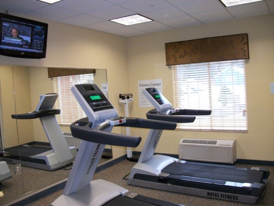 Holiday Inn Express Cortland: Fitness Center