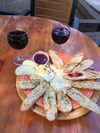Bistro 45: Our Eats and Wine