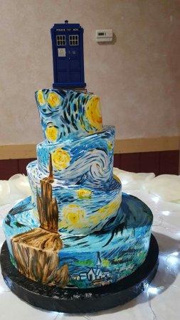 Florissant, Missouri: Hand painted wedding cake by Mike Temm of Wedding Wonderland Cake Shop!  AWESOME
