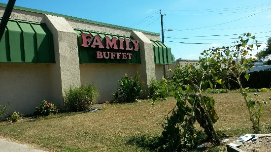 Vineland, NJ: Family Buffet