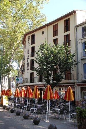 Hotel des Arcades Photo