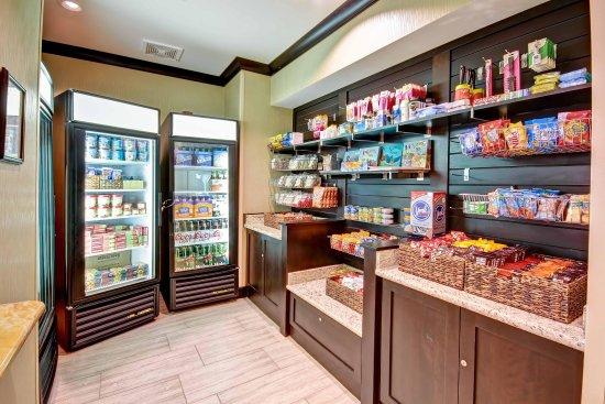 Warrington, Pensilvania: Convenience Store