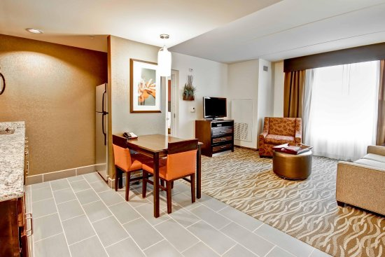 Warrington, Pensilvania: Suite Seating Area