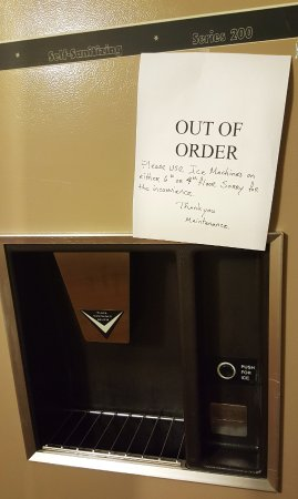 Plaza Hotel and Suites: ice machine O of O