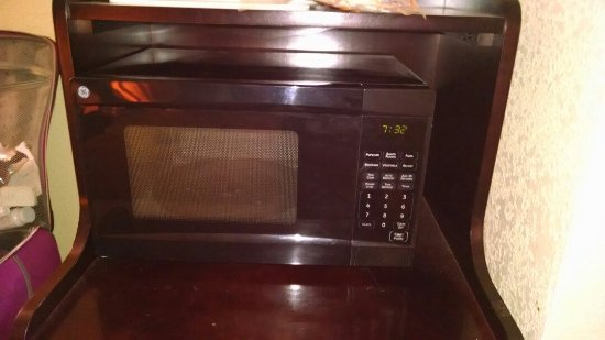 Covington, TN: Finally replaced the microwave after 5 days.