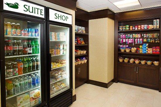 Carle Place, estado de Nueva York: Suite Shop