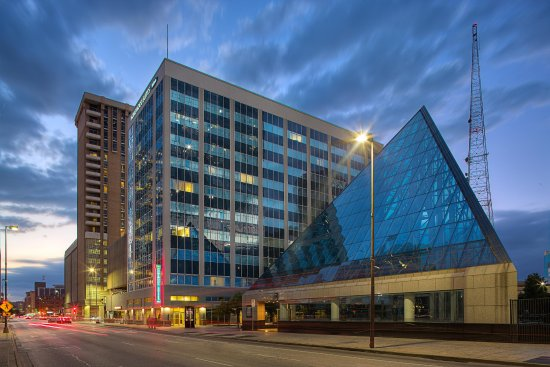 Homewood Suites by Hilton Dallas Downtown: Hotel Exterior