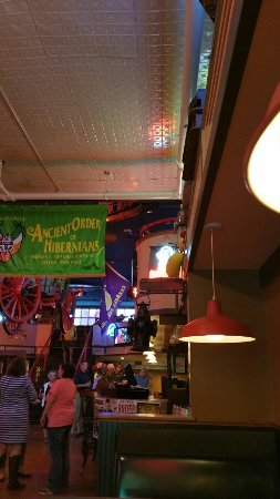 Bert & Ernie's Tavern and Grill: 20160915_182029_large.jpg