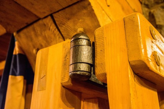 Timberline Lodge, OR: Everything is handmade...even the hinges.