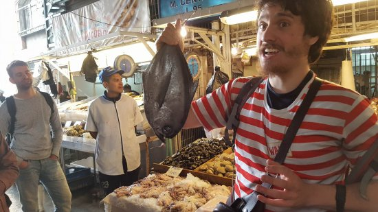 Tours 4 Tips: Fish Market