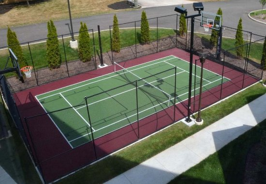 Fairlawn, OH: Sport Court®