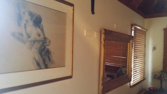 1770 Sovereign Lodge Photo