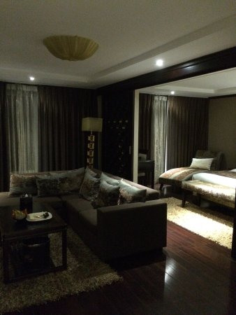 Golden Lotus Luxury Hotel : photo2.jpg