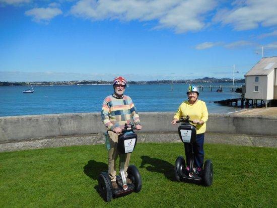 Devonport, นิวซีแลนด์: Nana & Gramps Tour on MagicBroomsticks