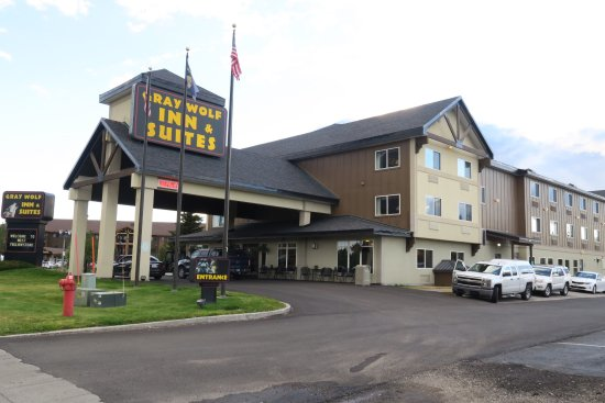 Gray Wolf Inn and Suites: photo0.jpg