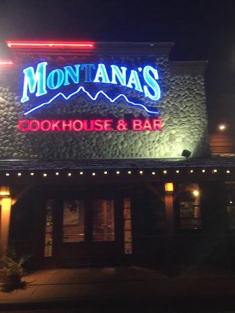 Ancaster, Canadá: Montana's BBQ & Bar