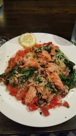 Jacksonville, OR: Smoked Salmon pasta