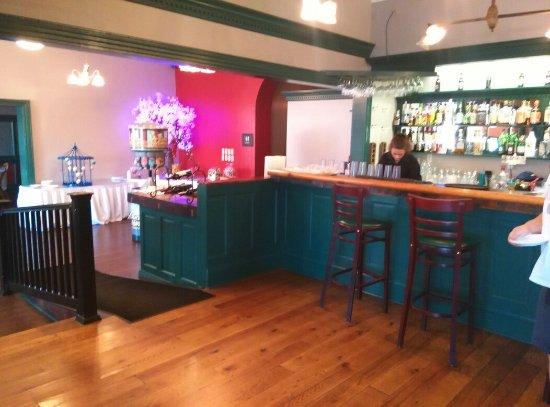 Scottdale, بنسيلفانيا: Delallo's Italian Saturday night Buffet