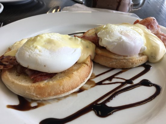 Timaru, New Zealand: Awesome eggs benedict