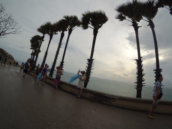 Rawai, Tailandia: ในวันที่ฝนตก