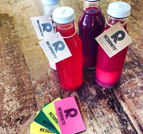 Invermere, Kanada: Our all organic cold pressed juices come in glass bottles!