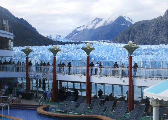 Crusiing Glacier Bay On Ncl Pearl Cruise Liner September