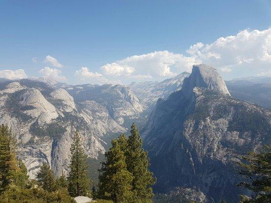 Yosemite Cedar Lodge: 20160911_110736_large.jpg