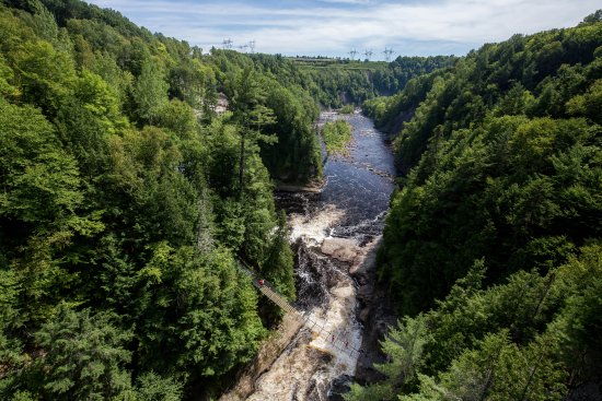 Beaupre, Canada: A view from one of the bridges that crosses the canyon.