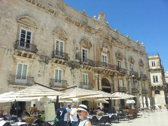 Ortigia siracusa centro storico e piazza duomo picture for Hotel siracusa centro storico