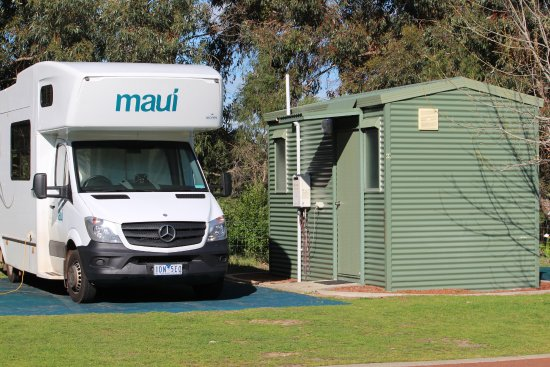 RAC Busselton Holiday Park: lovely site, great ensuite