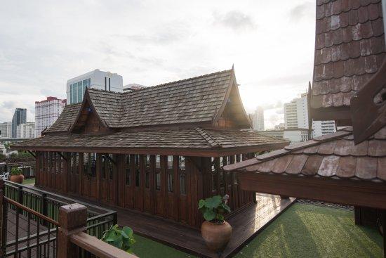 True Siam Rangnam Hotel