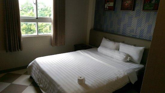 Quy Hung Hotel : IMAG4620_large.jpg