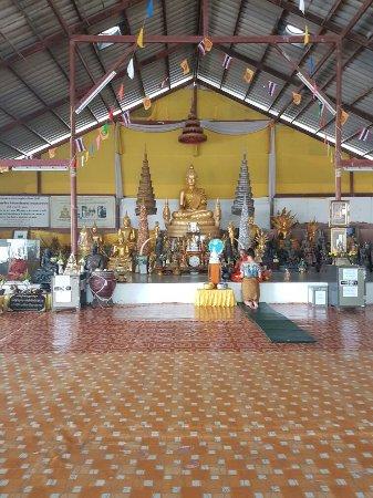 Chalong, Ταϊλάνδη: 20160912_183711_large.jpg