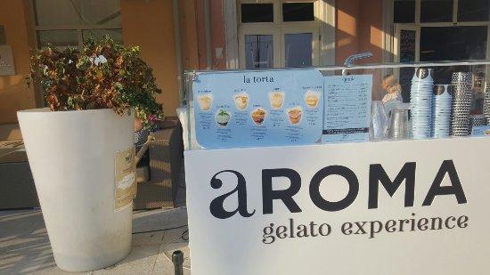 Aroma Gelato Experience: 20160915_174911_large.jpg