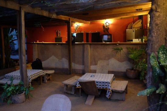 Auberge Djamilla: Bar