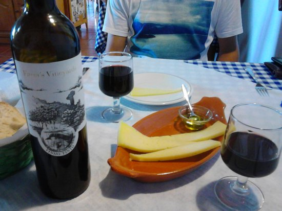 Faja Grande, Portugal: Cheese form St. George Island and red wine from Pico Island