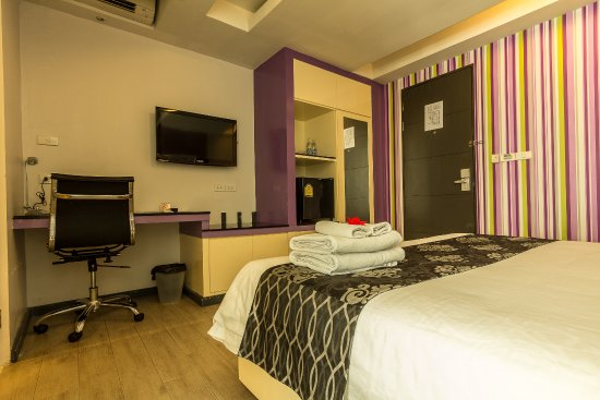 Klassique Sukhumvit: Superior room's amenities