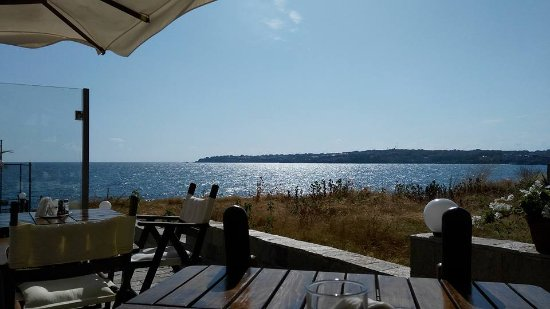 Fjord Hotel Sozopol: This is where the breakfast is