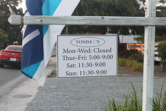 Tommy's: Hours of operation