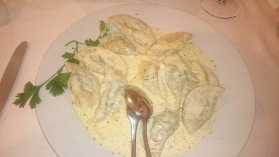 Hotel & Restaurant Miklic: ravioli spinach