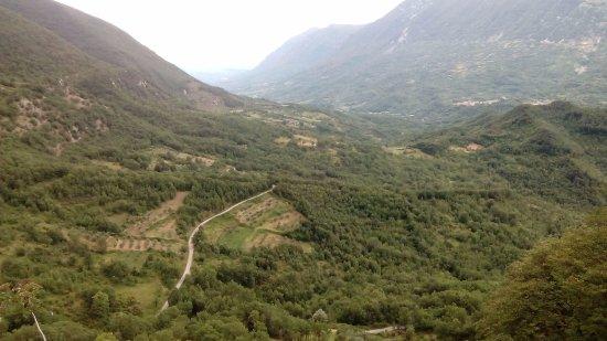 Civita d'Antino, Италия: vista sulla valle...