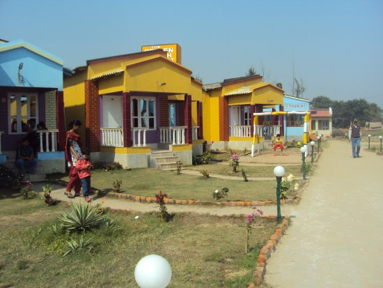 Golden beach resort mandarmoni west bengal campground reviews photos rate comparison for Resorts in santiniketan with swimming pool