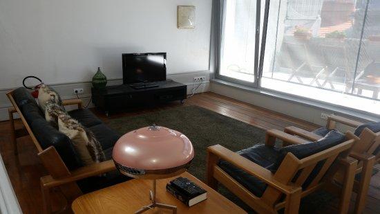 Almada Guesthouse: Sala ubicada en la 4ª planta
