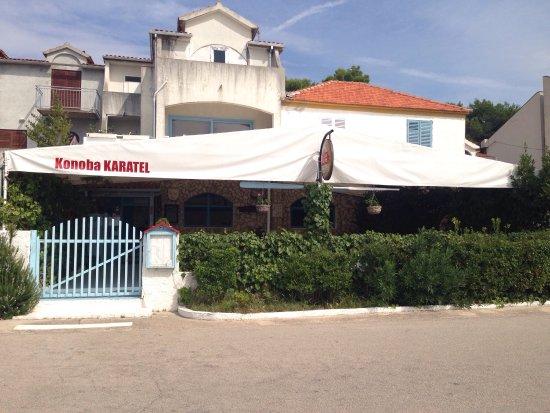 Brodarica, Croacia: Konoba Karatel