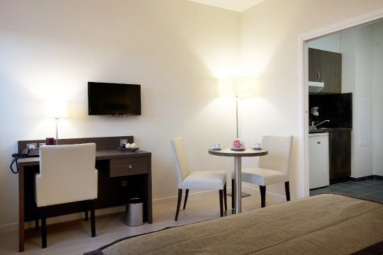 Residhome appart hotel reims centre france voir les for Appart hotel reims