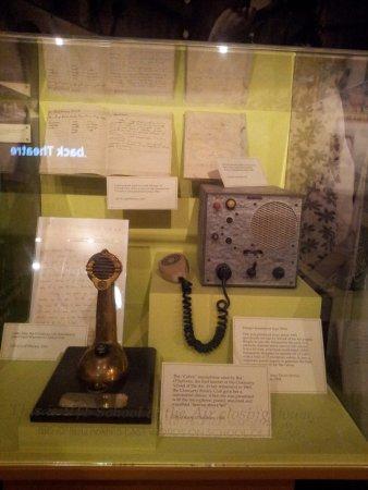 Cloncurry, Australia: Communication equipment