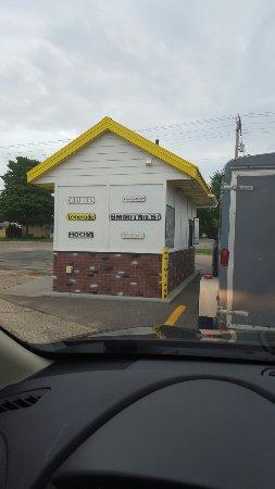 Faribault, MN: Mojoe 2 Go Coffee Drive Thru