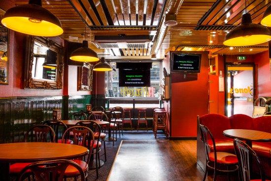 Karaokebar Jone's