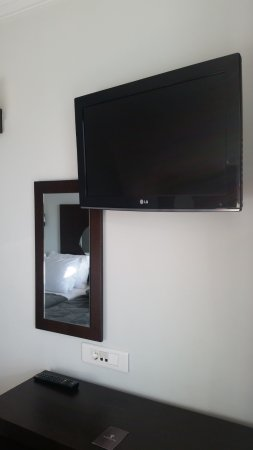 Acropolis Hill Hotel: TV